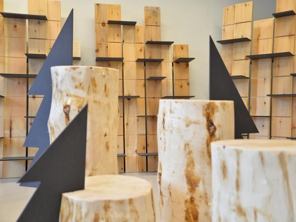 corner in legno di Cirmolo (Pinus Cembra)